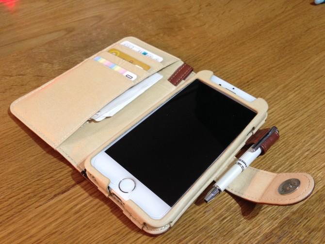 Smart Holder for Biz/レザーのiPhone6用ケース/ケースを開けた状態