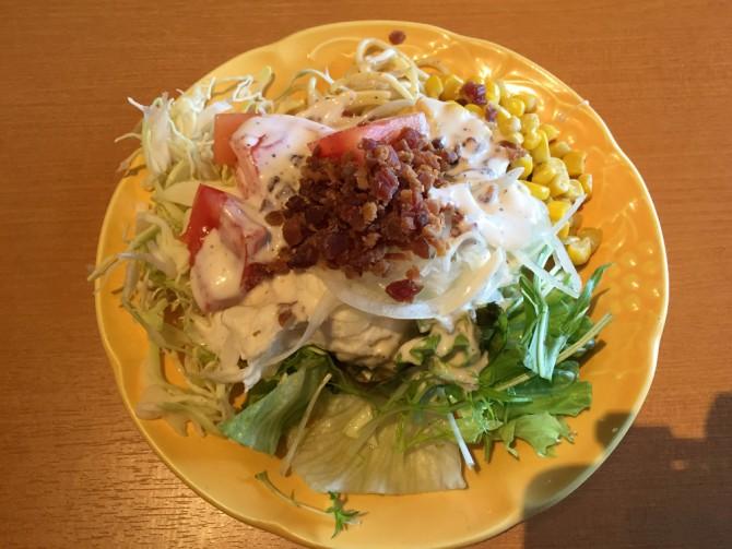 ブロンコビリー/サラダバーからお皿に盛りました