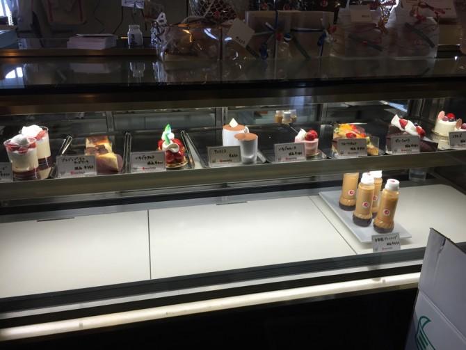 ロザリエッタ/ケーキのショーケース