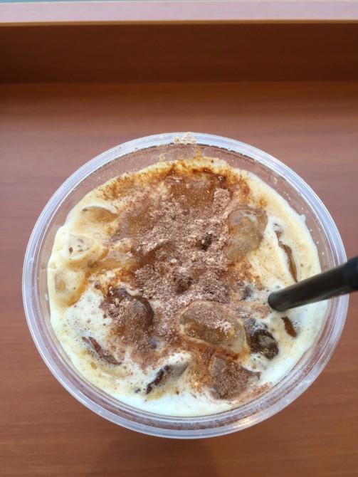 ファミマカフェのアイスカフェラテ