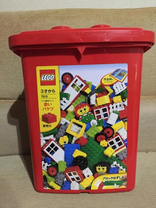 レゴ(赤いバケツ)のプラスチック箱