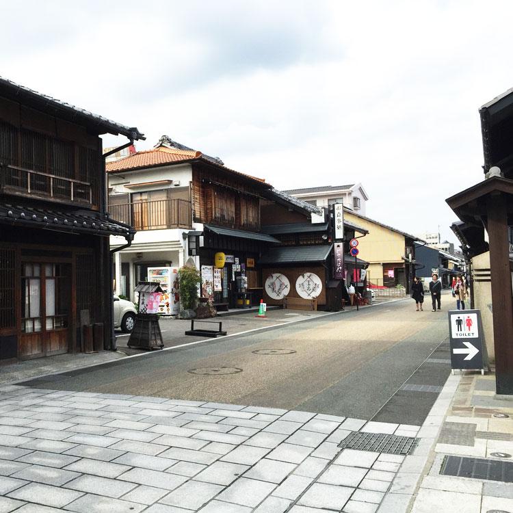 犬山市の城下町の徒歩散策