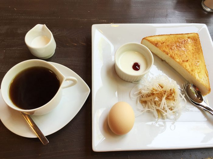 リーブス/珈琲+モーニングサービス