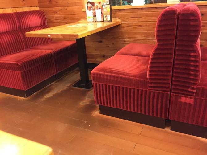 コメダ珈琲/座り心地の良い椅子
