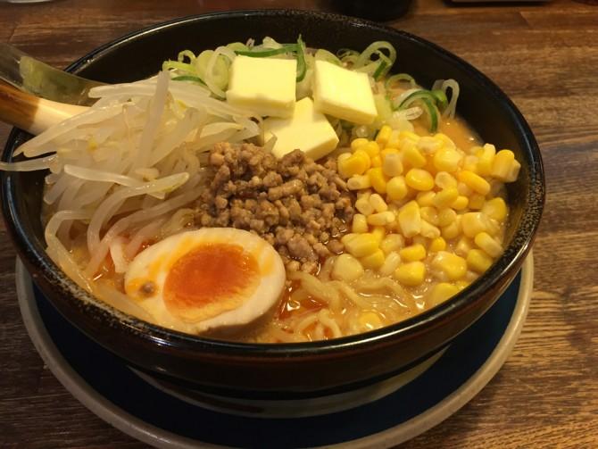 深夜のやけ食い/しなとら美濃加茂店で四川担担麺を食す