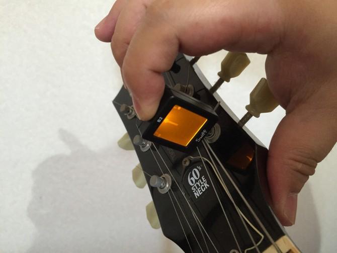 Swiff B2 Magnetic Chromatic Tuner/電源ON
