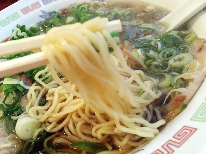 ライン/チャーシューメンの麵
