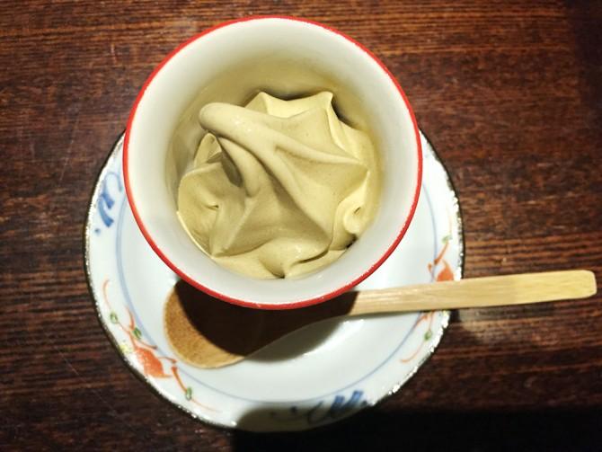 たむろ/ほうじ茶アイス