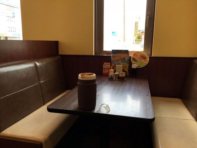ココイチ/テーブル席
