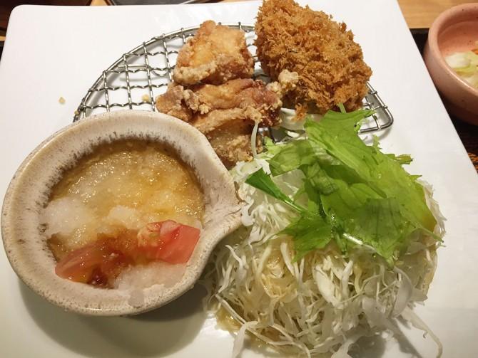 大戸屋ランチ/メインディッシュ(竜田揚げ+かぼちゃコロッケ+サラダ)