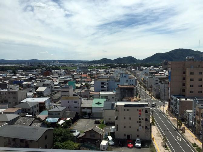 シティホテル美濃加茂の最上階8Fからの眺め
