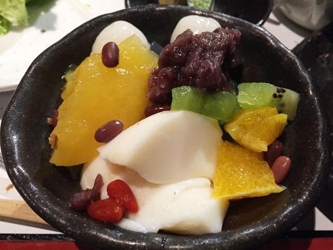 あべまき茶屋/本日の甘味(フルーツあんみつ)