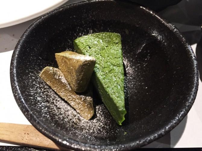 あべまき茶屋/お茶菓子(抹茶とほうじ茶のガトーショコラ)