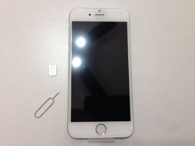 iPhone6+ドコモSIMカード+SIM取り出しツール