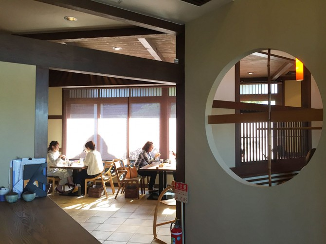 ナガラガワフレーバー/ナガラタタン/カフェ店内