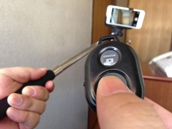 カメラシャッターリモコンコントロール+自撮り棒+iPhone