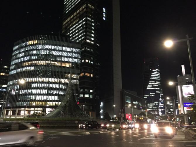 名駅の夜景/ロータリー