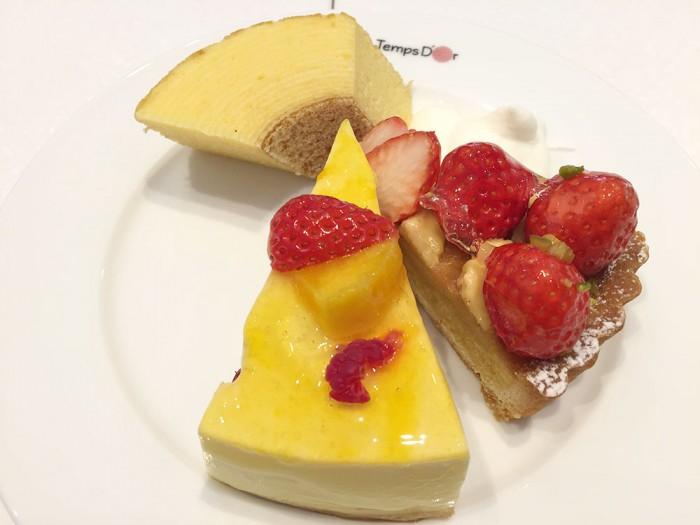 たんどーる/マンゴームースとイチゴタルト+バームクーヘン+生クリーム