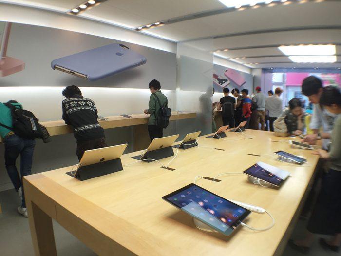 アップルストア名古屋栄店/iPad コーナー