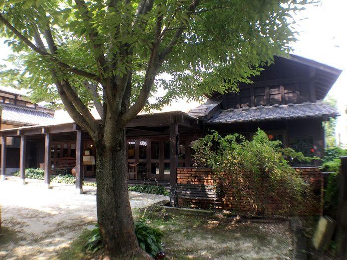 灯屋/古民家風の日本家屋