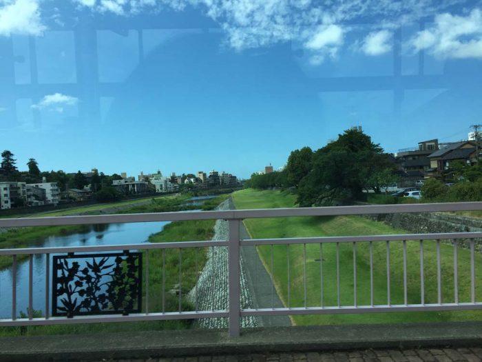 桜橋から眺める犀川