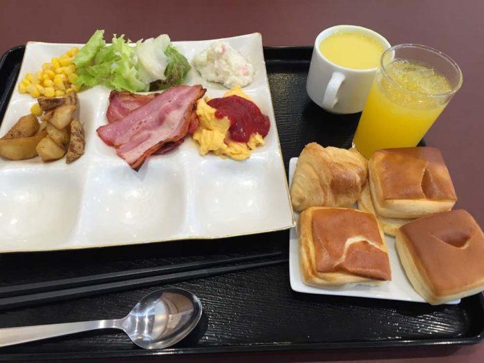 リブマックスリゾート加賀山代の朝食バイキング