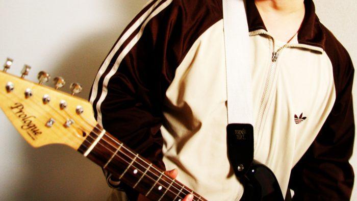 Fenderストラトギター