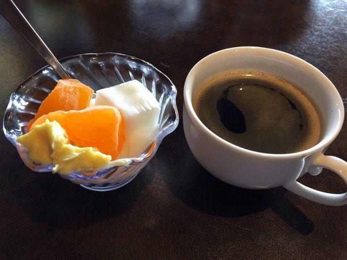 あさくま(可児店)/杏仁豆腐とカスタードの盛り合わせ+アメリカンコーヒー