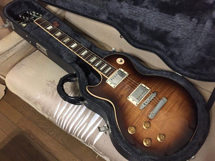 GIBSONギター/お茶の水の谷口楽器で購入したレフティー用ギター