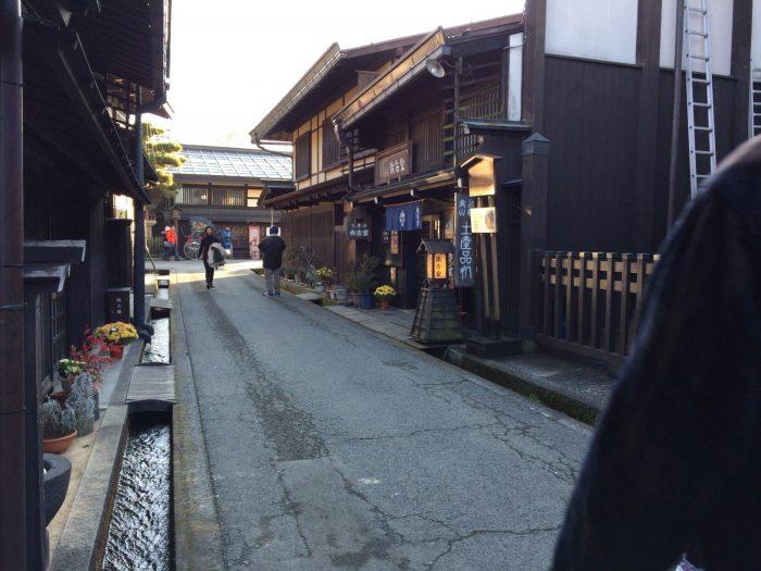 高山の古い町並み(さんまち)の南側