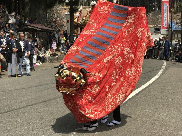 久田見まつりの獅子舞