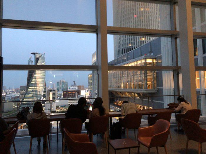スターバックス(名古屋JRゲートタワー店)のサンルーム席