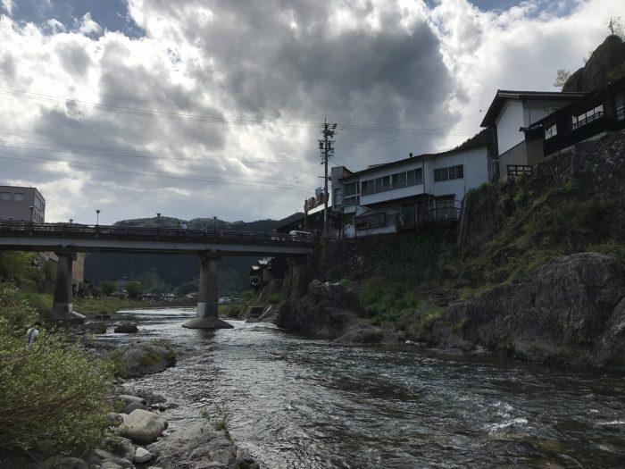吉田川の清流