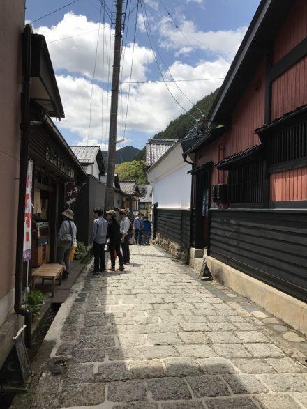 石畳の坂道