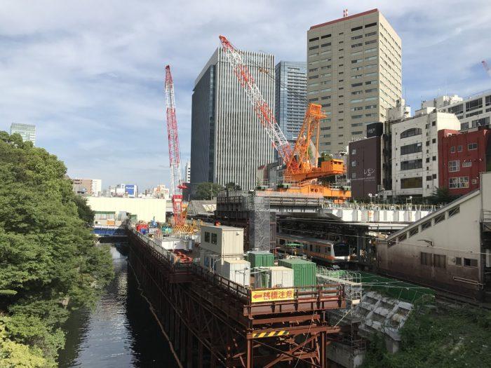 神田川とJR御茶ノ水駅