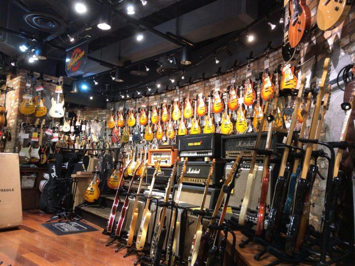 渋谷で楽器屋巡り