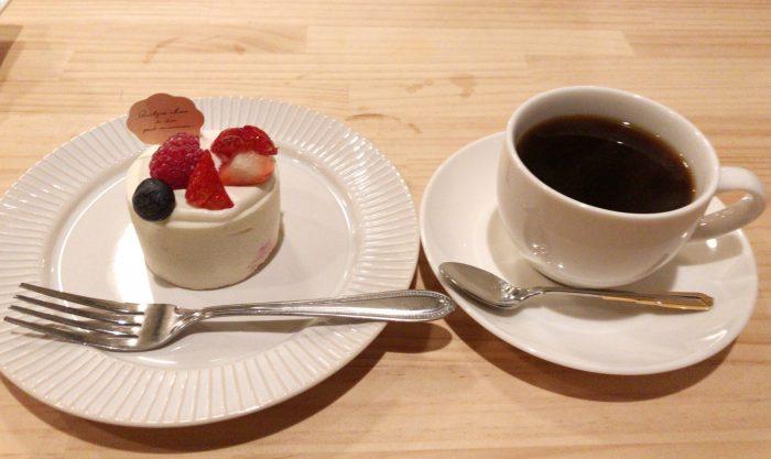 レアチーズケーキ+ドルチェブレンド|ドルチェヴィータ