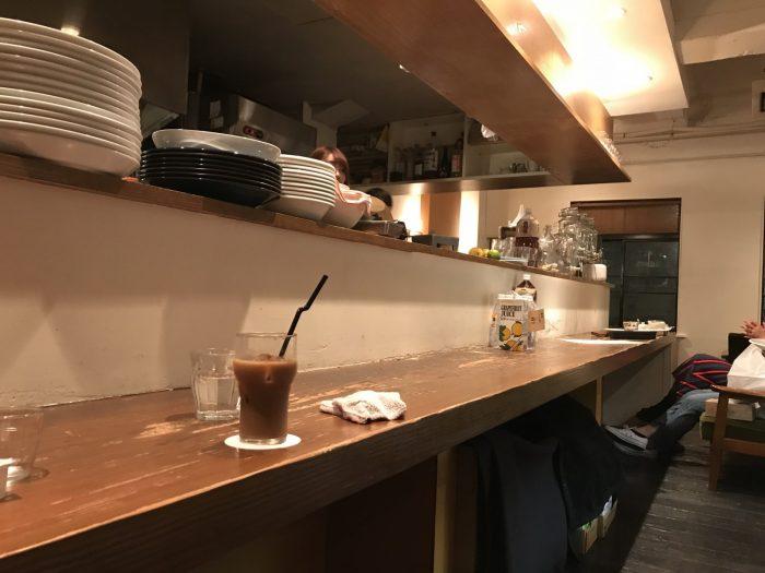 カウンター席|CAFE FLOW