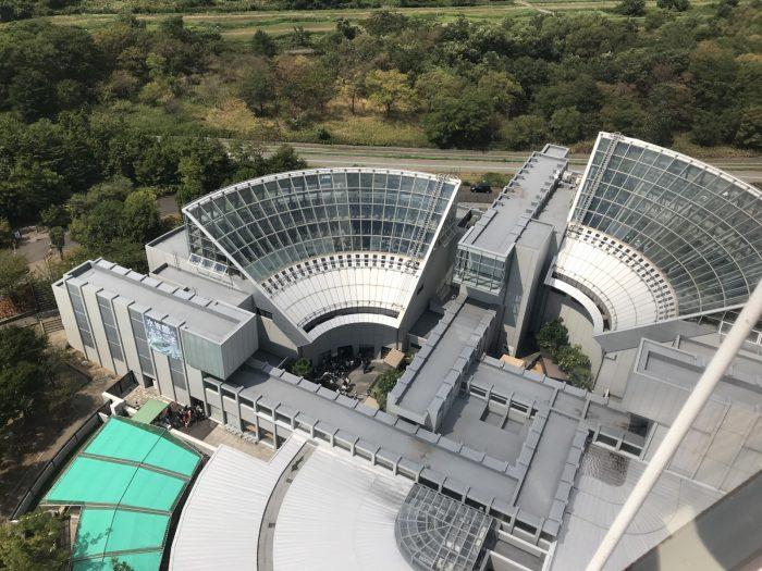 アクア・トトぎふ(世界淡水魚園水族館)の建物