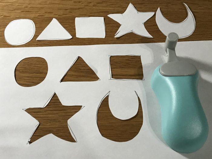 マウス型カッターハンディーペーパーカッターで紙を切り抜いてみた